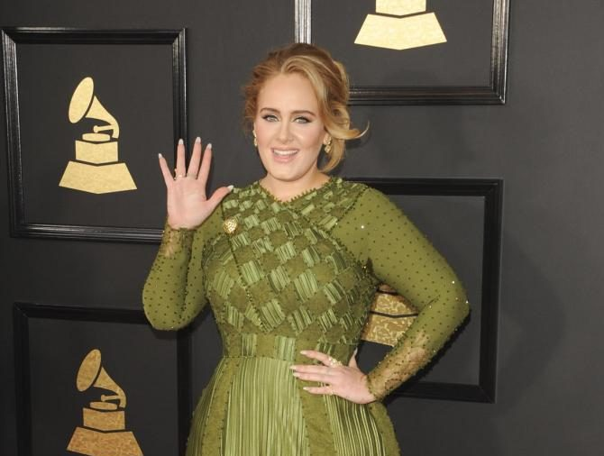 Adele officiated her best friend's wedding in her own backyard
