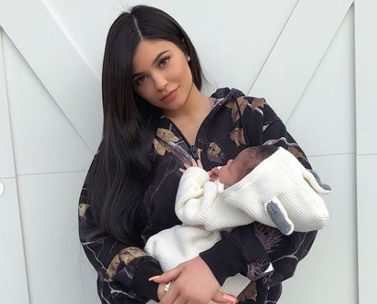Kylie Jenner wants to drop 20lbs following birth of daughter