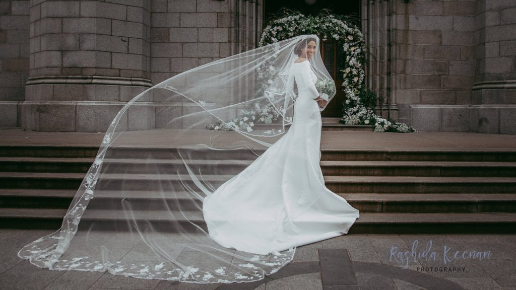 Irish Designers Perfectly Recreate Meghan Markle S Wedding Dress In