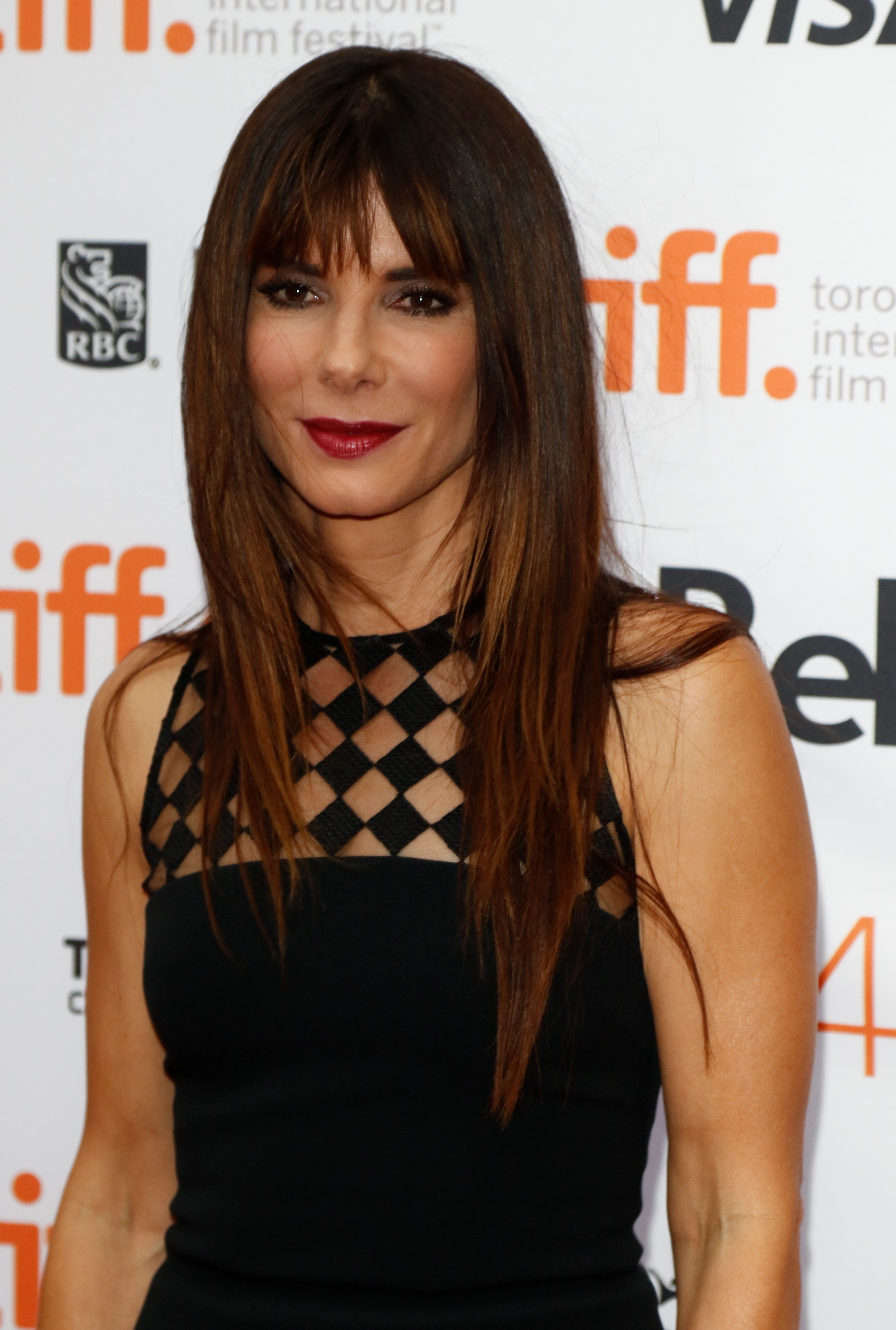 WATCH: Sandra Bullock is raving about 'penis facials ...