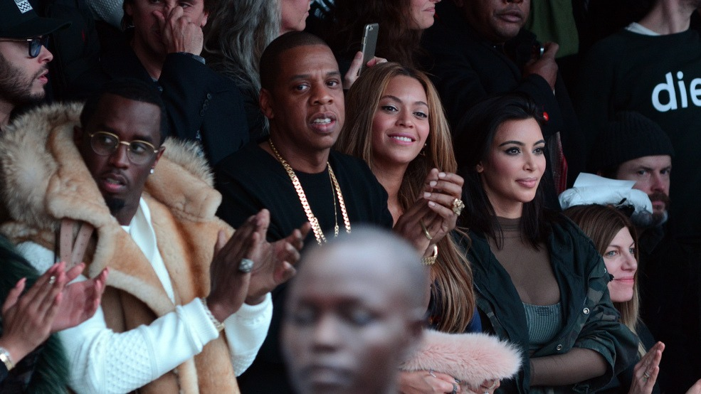 88ff98263 Kim Kardashian attends Beyoncé and Jay-Z s concert after settling their  famous feud