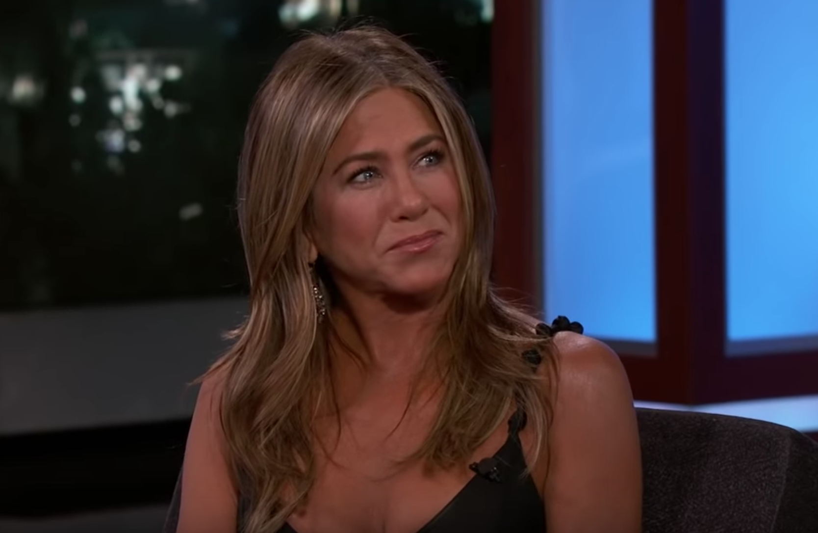 Jennifer Aniston surprises COVID-19 positive nurse on 'Kimmel'